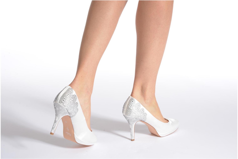High heels Menbur Zulema White view from underneath / model view