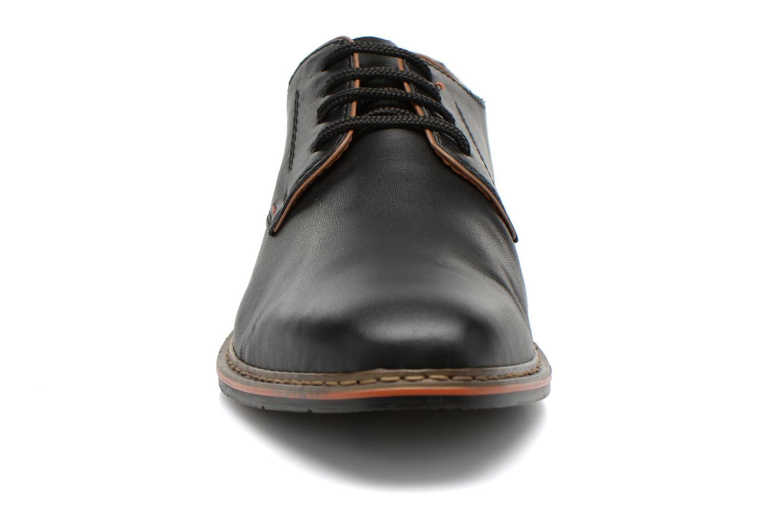 Schnürschuhe Rieker Theo B1720 schwarz schuhe getragen