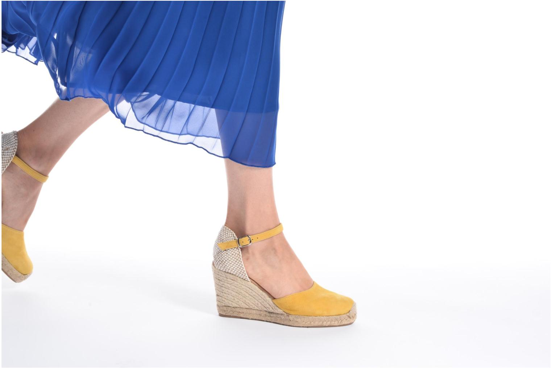 Sandales et nu-pieds Georgia Rose Iponiki Bleu vue bas / vue portée sac