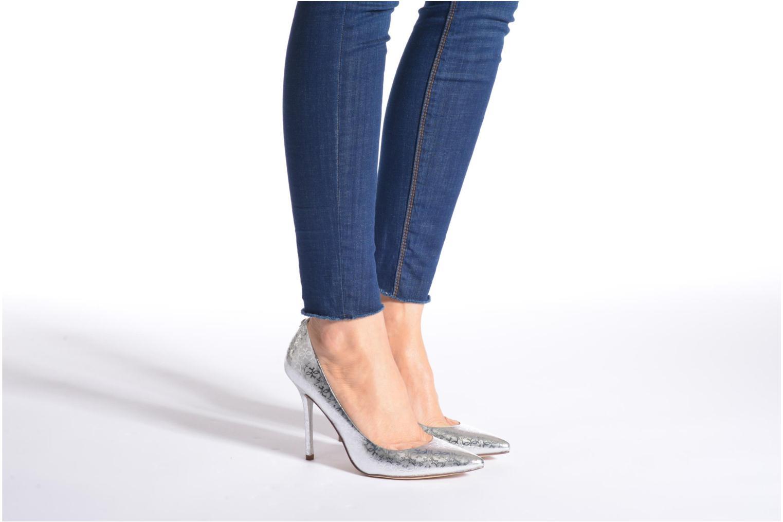Zapatos de tacón Guess Plasma6 Plateado vista de abajo