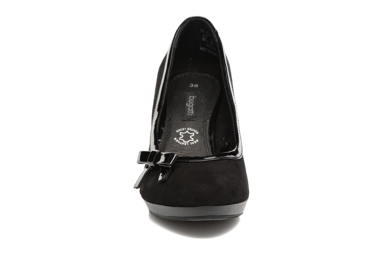 Høje hæle Bugatti Isabella W6679-6V Sort se skoene på