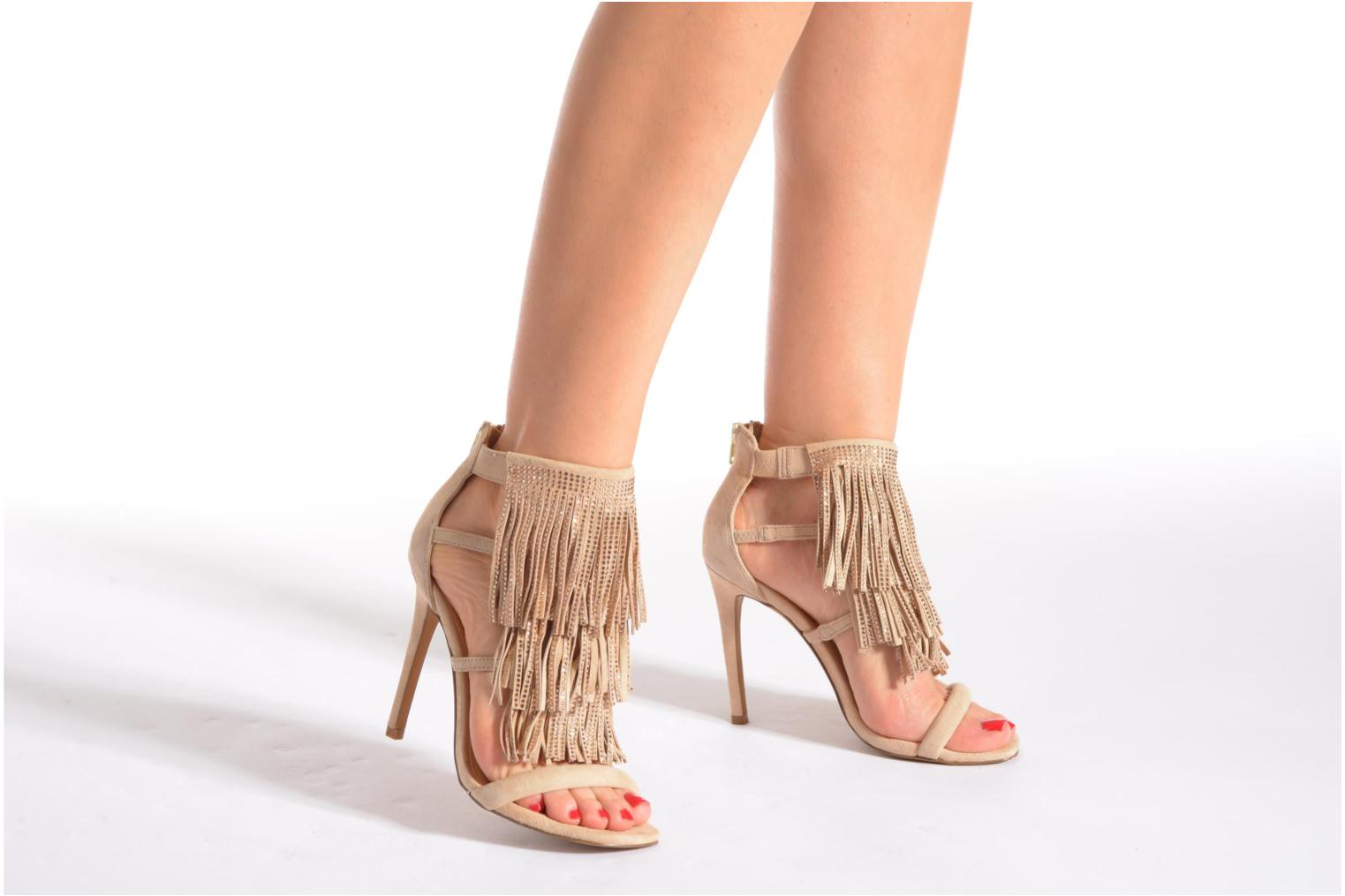Sandals Steve Madden FRINGLY-R Beige view from underneath / model view