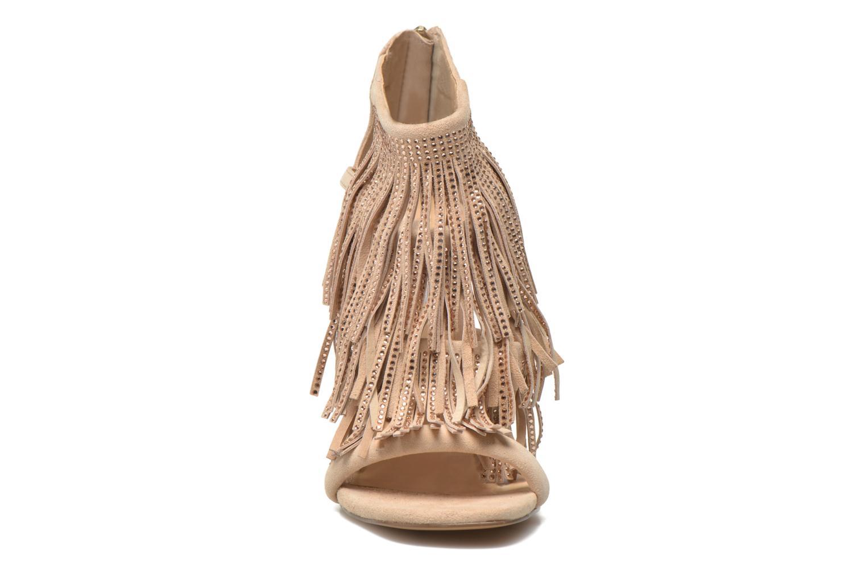 Sandals Steve Madden FRINGLY-R Beige model view