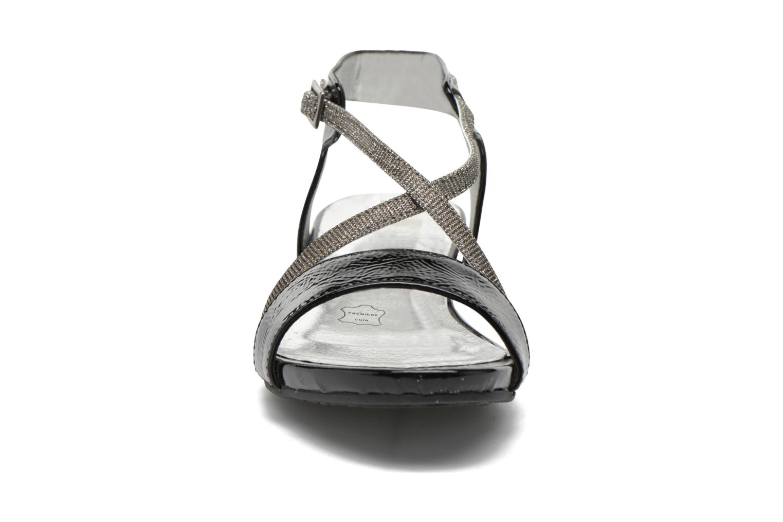 Sandals Madison Emax Black model view