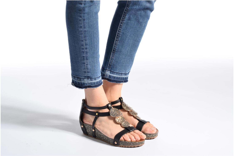 Sandales et nu-pieds Xti Jolie 45116 Noir vue bas / vue portée sac