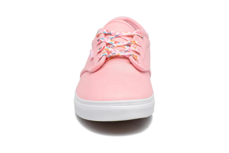 Baskets Vans Atwood Low Rose vue portées chaussures
