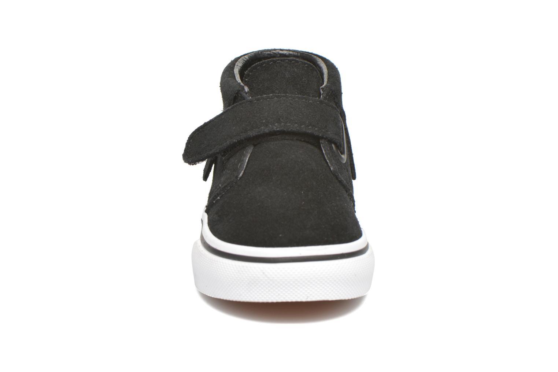 Sneaker Vans Chukka V Moc BB schwarz schuhe getragen