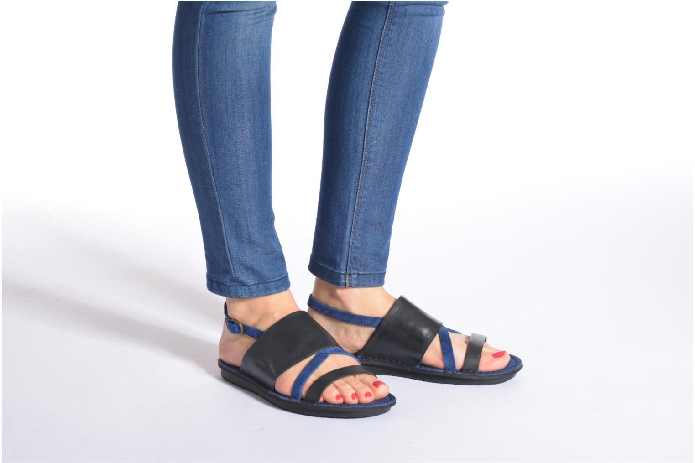 Sandales et nu-pieds Kickers Wawa Marron vue bas / vue portée sac