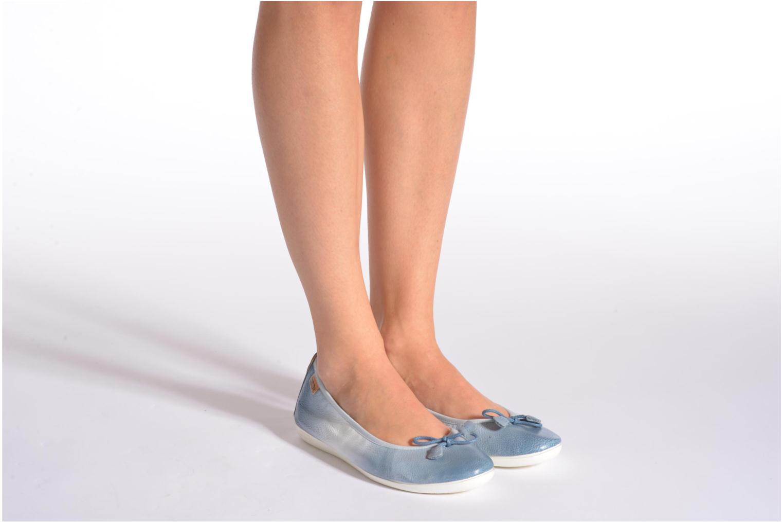 Ballerinas Pikolinos Bora Bora W7E-DG2513 blau ansicht von unten / tasche getragen