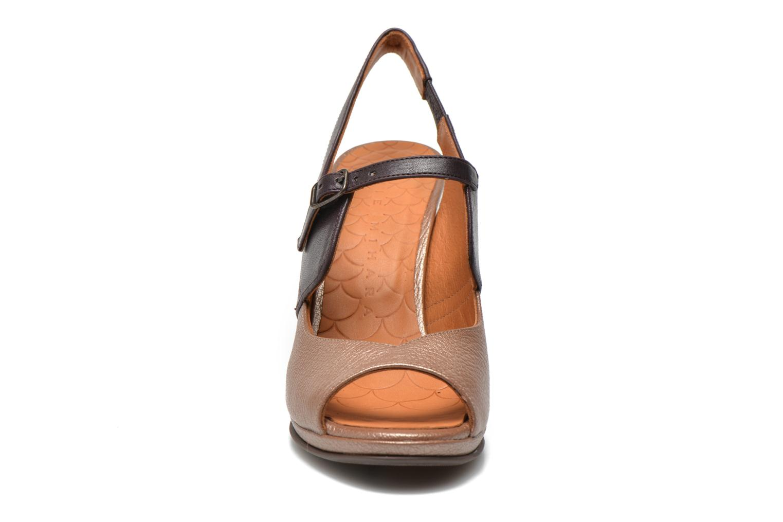 Sandales et nu-pieds Chie Mihara Fossi Multicolore vue portées chaussures