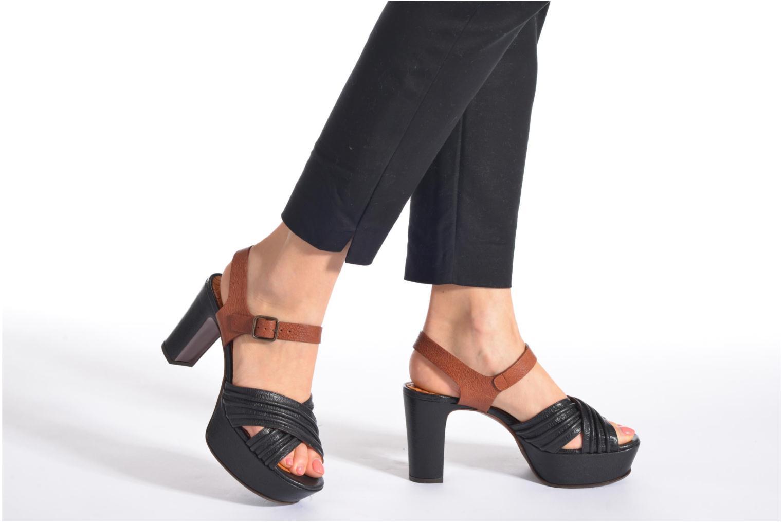 Sandales et nu-pieds Chie Mihara Marriot Multicolore vue bas / vue portée sac
