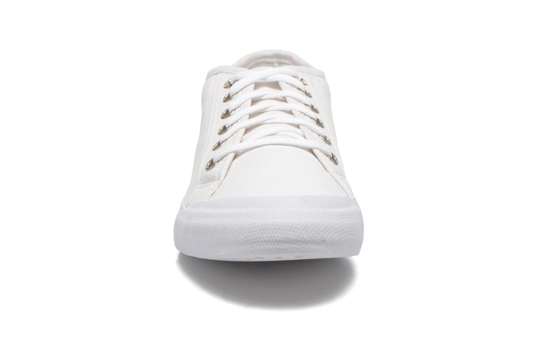 Baskets Le Coq Sportif Deauville Plus CVS W Blanc vue portées chaussures
