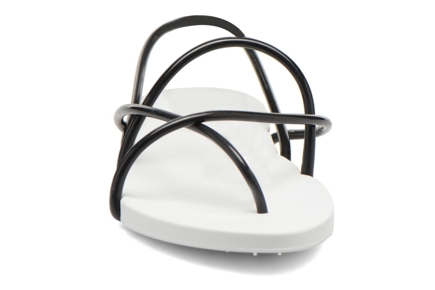 Sandals Ipanema Philippe Starck Thing G Fem White model view