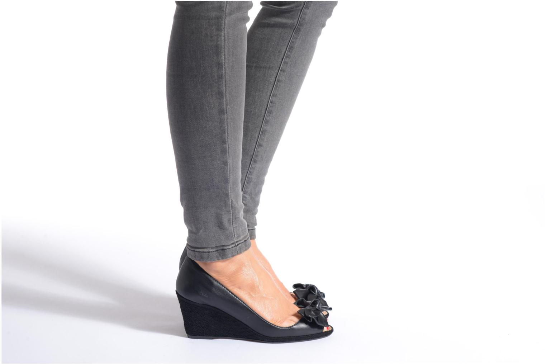 Zapatos de tacón COSMOPARIS Moana Rosa vista de abajo