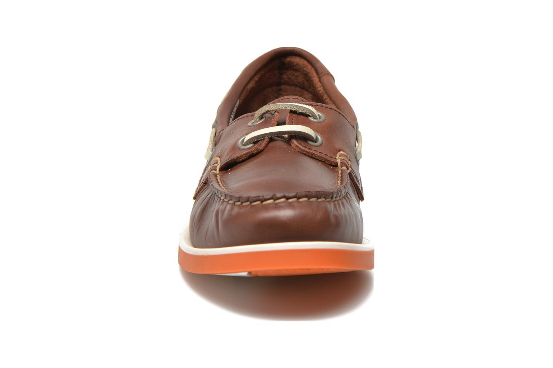 Zapatos con cordones Aigle America Kid Marrón vista del modelo