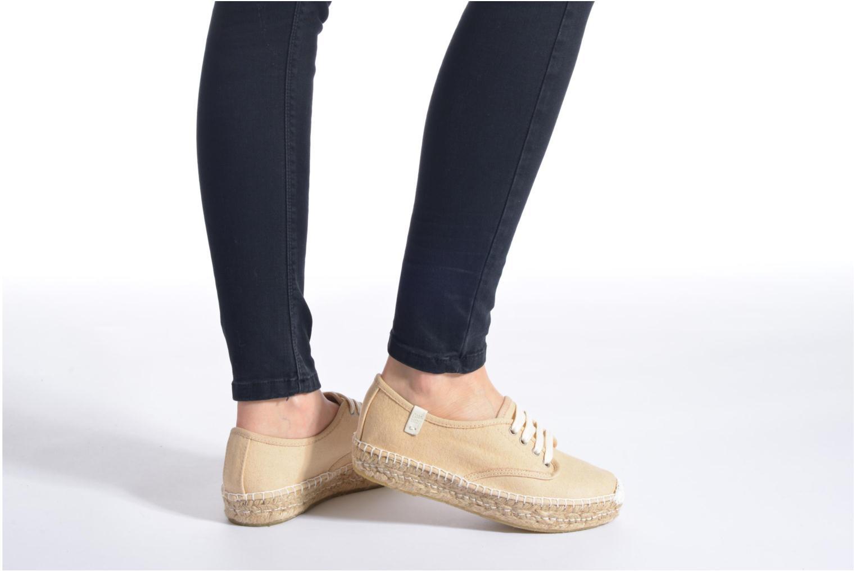 Chaussures à lacets Coolway Juttie Multicolore vue bas / vue portée sac