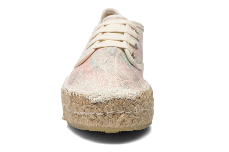 Zapatos con cordones Coolway Juttie Multicolor vista del modelo