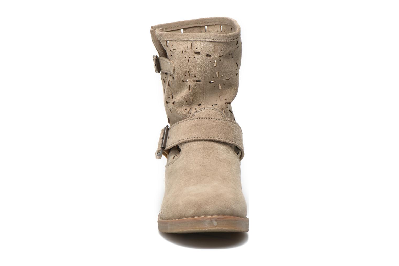 Bottines et boots Coolway Naif Beige vue portées chaussures