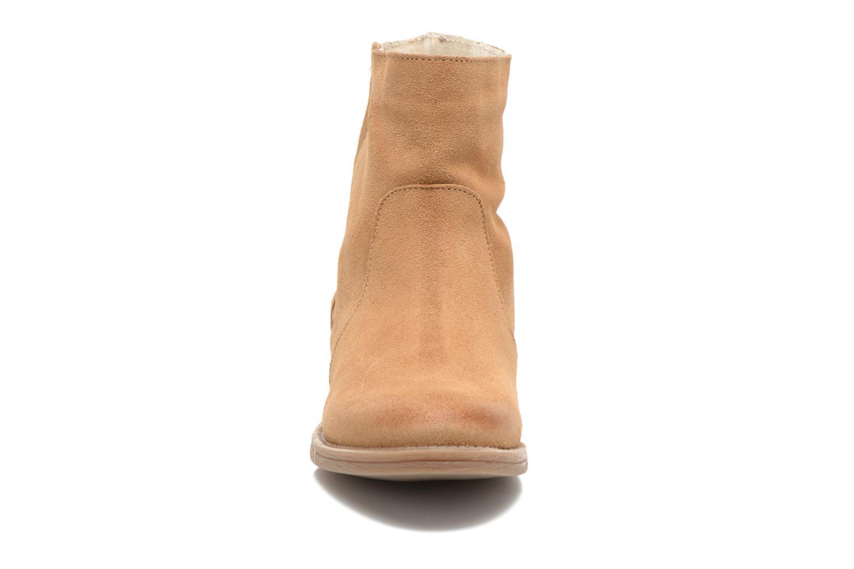 Bottines et boots Coolway Naomi Marron vue portées chaussures