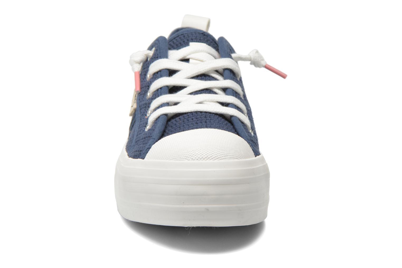 Baskets Coolway tavi Bleu vue portées chaussures