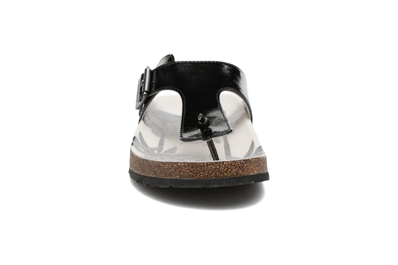 Zehensandalen Kickers Magnestor schwarz schuhe getragen