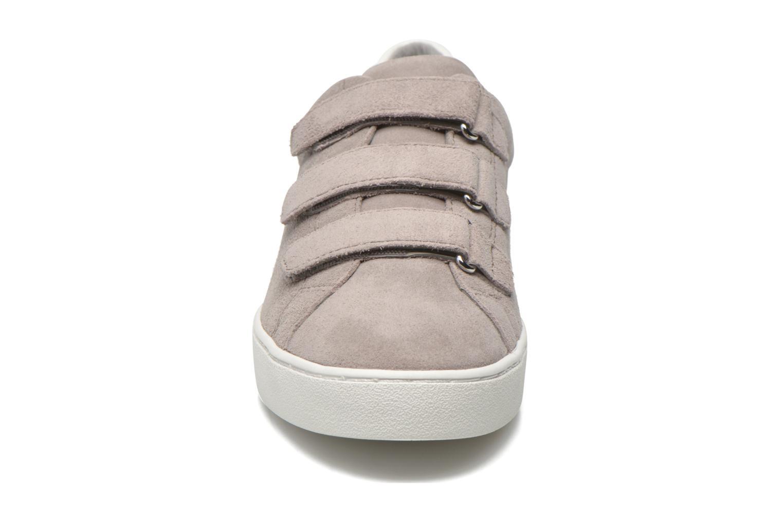 Baskets Michael Michael Kors Craig Sneaker Gris vue portées chaussures
