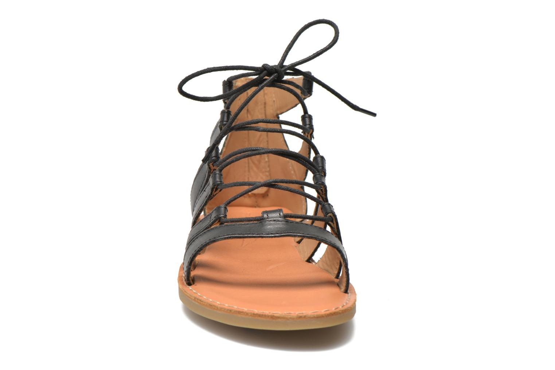 Sandales et nu-pieds Shwik Lazar Hi Lace Noir vue portées chaussures