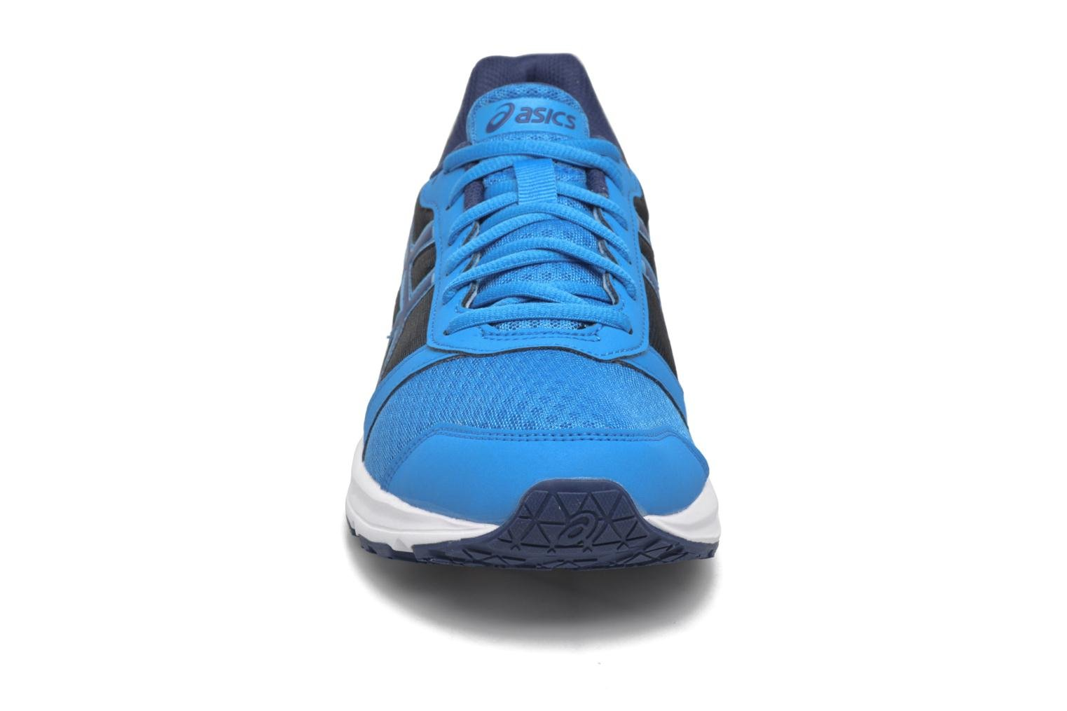 Sport shoes Asics Patriot 8 Blue model view