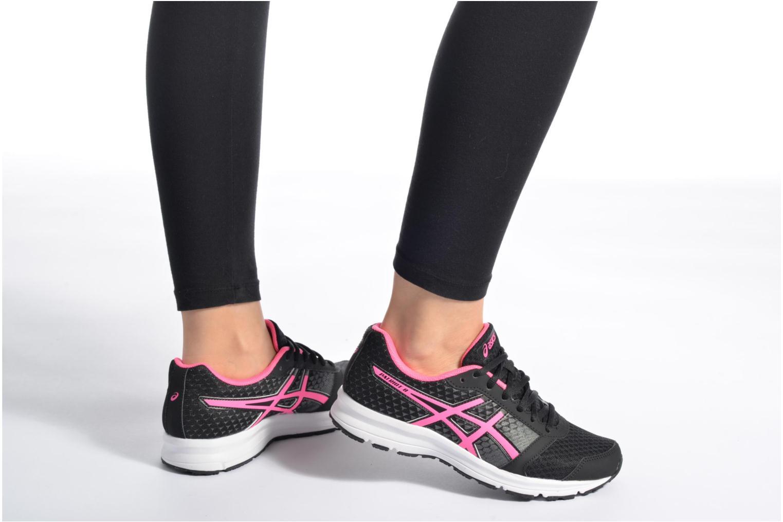 Chaussures de sport Asics Lady Patriot 8 Bleu vue bas / vue portée sac