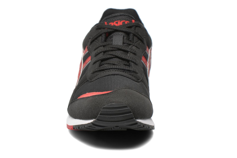 Baskets Asics Gel-Classic Noir vue portées chaussures