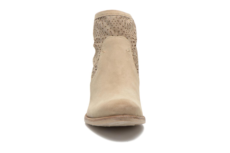 Bottines et boots Khrio Aeligana Beige vue portées chaussures