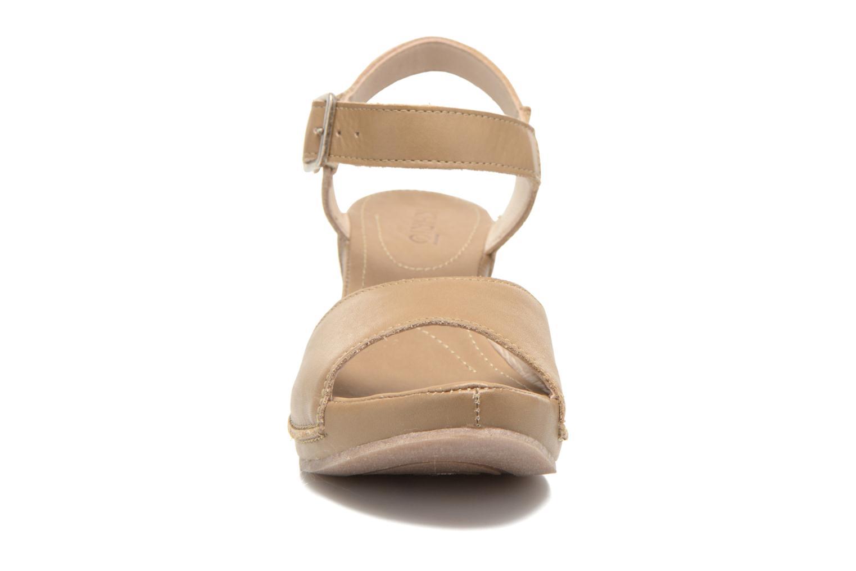 Sandales et nu-pieds Khrio Nuova Beige vue portées chaussures