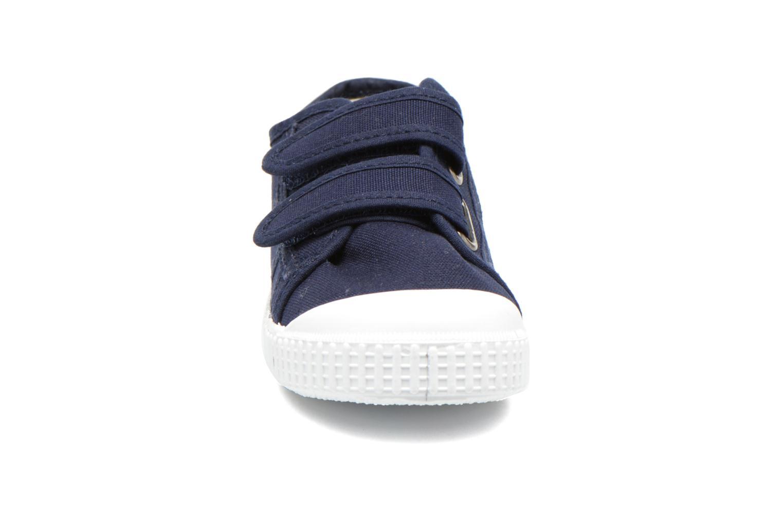 Baskets Victoria Basket lona Dos Velcos Bleu vue portées chaussures