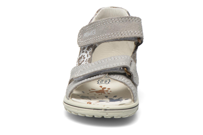 Sandales et nu-pieds Primigi Dudo Gris vue portées chaussures