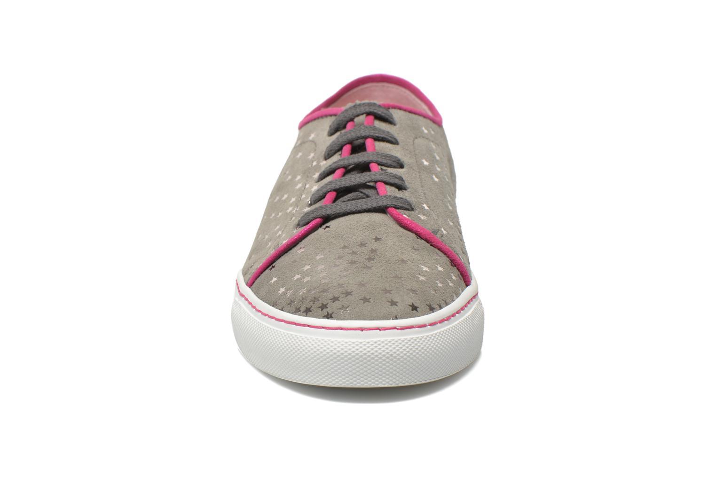 Baskets Annabel Winship Rocky Gris vue portées chaussures