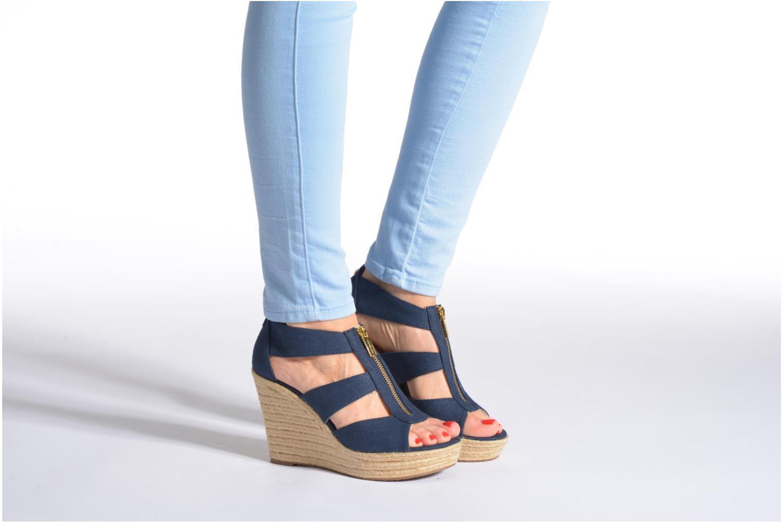 Sandales et nu-pieds Michael Michael Kors Damita Wedge Bleu vue bas / vue portée sac