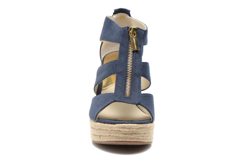 Sandales et nu-pieds Michael Michael Kors Damita Wedge Bleu vue portées chaussures