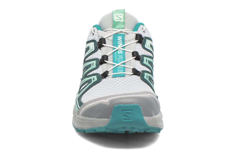 Chaussures de sport Salomon Wings Flyte 2 W Gris vue portées chaussures