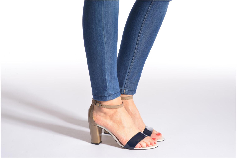 Sandalen Perlato Alicante mehrfarbig ansicht von unten / tasche getragen