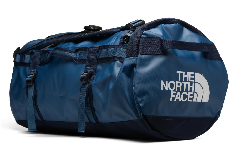 Sacs de sport The North Face BASE CAMP DUFFEL M Bleu vue portées chaussures