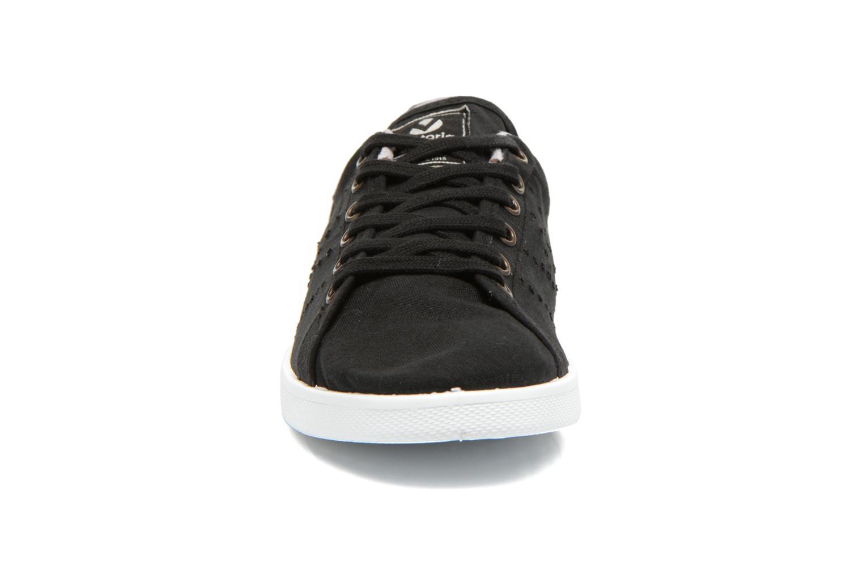 Sneakers Victoria Deportivo Basket Lona Zwart model