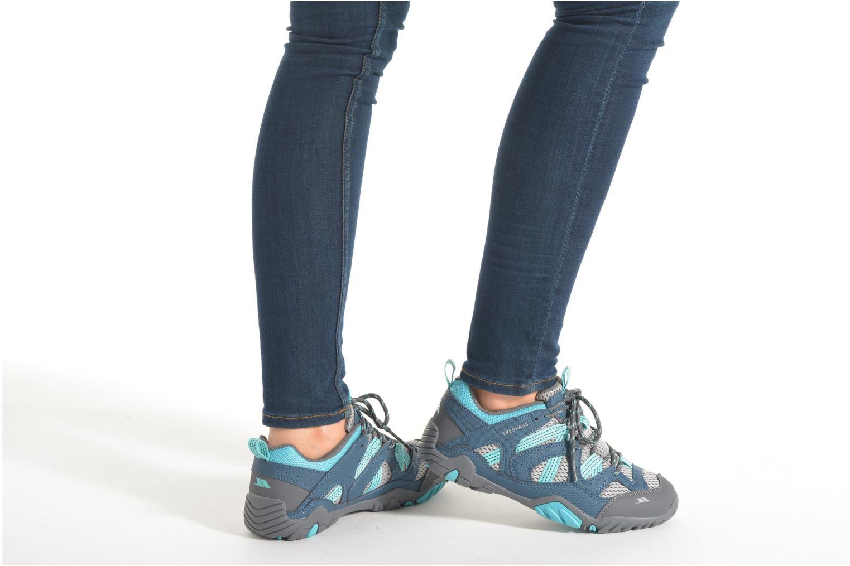 Chaussures de sport Trespass Foile Gris vue bas / vue portée sac