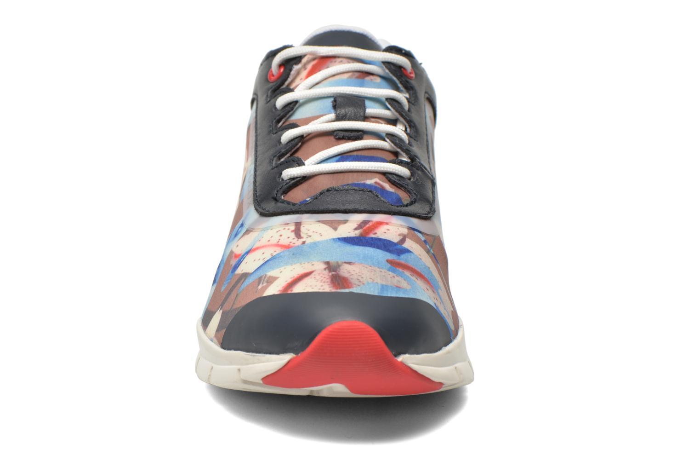 Sneakers Geox D SUKIE E D62F2E Azzurro modello indossato