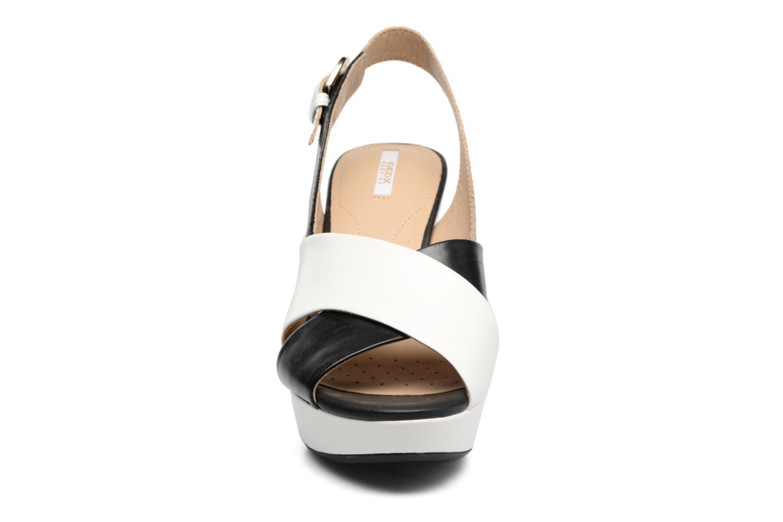 Sandales et nu-pieds Geox D HERITAGE B D62R1B Noir vue portées chaussures