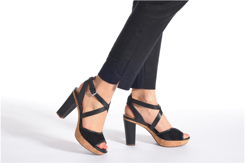 Sandales et nu-pieds Geox D HERITAGE A D62R1A Noir vue bas / vue portée sac