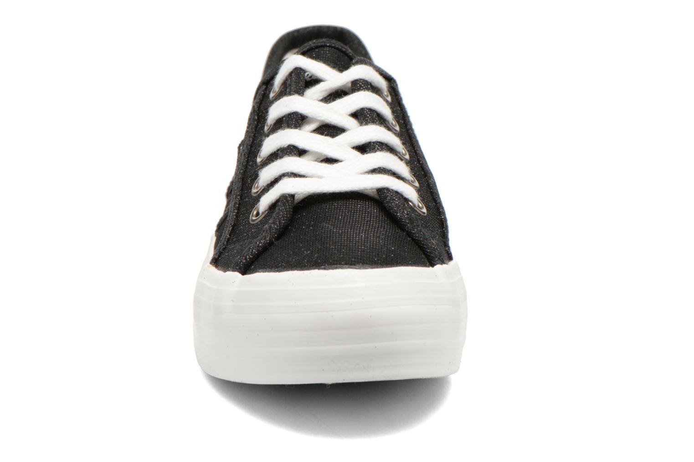 Sneakers Refresh Cory 61908 Sort se skoene på