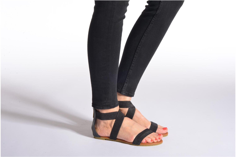 Sandales et nu-pieds Refresh Ballade 61831 Noir vue bas / vue portée sac