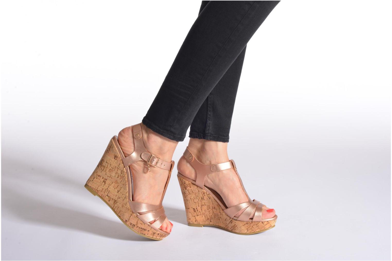 Sandales et nu-pieds Refresh Jungle 61823 Noir vue bas / vue portée sac