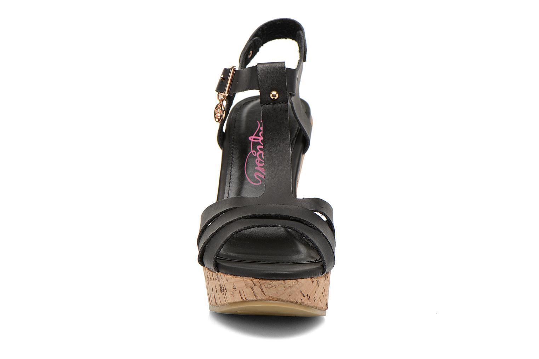 Sandales et nu-pieds Refresh Jungle 61823 Noir vue portées chaussures