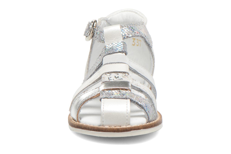 Sandales et nu-pieds Babybotte Toucan1 Argent vue portées chaussures